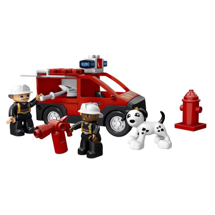 lego duplo sets 5601 fire station new damaged box. Black Bedroom Furniture Sets. Home Design Ideas