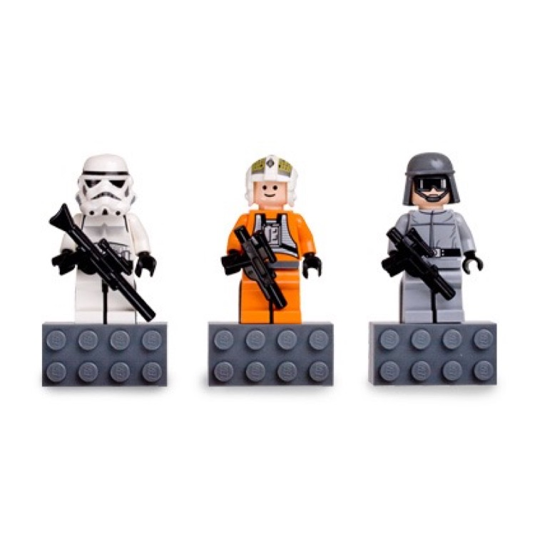 LEGO Star Wars Sets: Classic 852553 Stormtrooper,Y-Wing Pilot, and AT-ST Pilot minifigure Magnets NEW