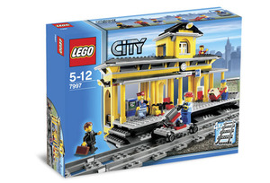 LEGO Trains Sets: LEGO Remote Control 7997 Train Station NEW