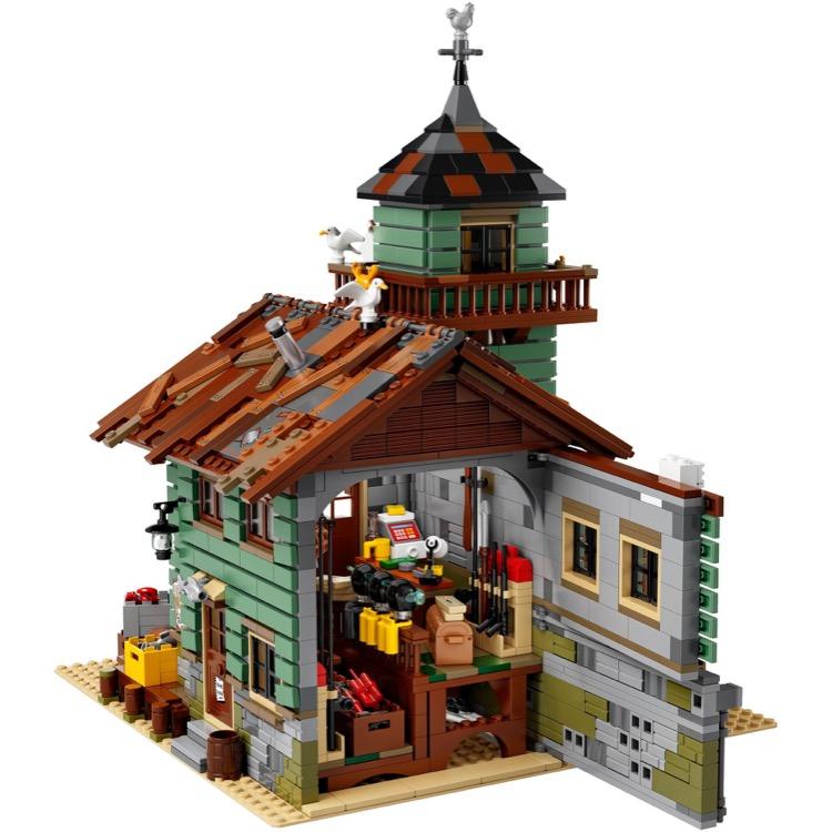 Lego 1x2 Tan Fish Hooks New Minifigure Accessories Lot of 4 21310