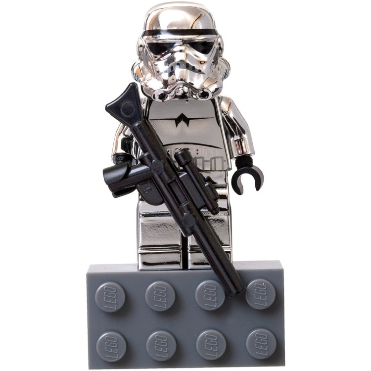 LEGO Star Wars Sets: Classic 10th Anniversary 852737 Chrome Silver Stormtrooper minifigure Magnet NEW *Rough Shape*