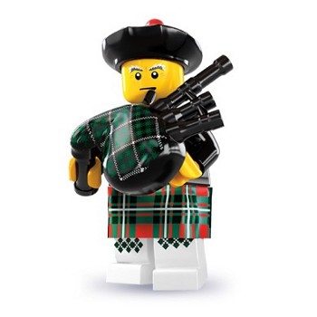 LEGO Collectible Minifigures: 8831 Series 7 Bagpiper NEW